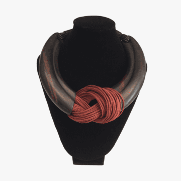 Collar de piel y ébano hecho a mano para mujer - Modelo Sri Lanka - Color Chocolate y Rojo 3